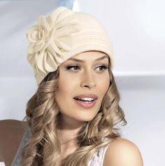 Dámske čiapky a barety : Dámska čapica DOROTEA
