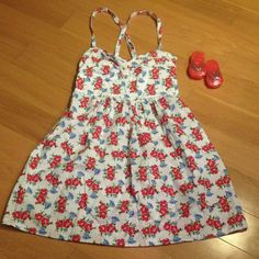 BOGO SALE! Hollister Flower Dress Very cute sundress with red flowers. Hollister Dresses