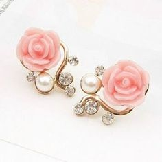 Haya TM Elegant ShanZuan pearl rose The branches of the stud earrings