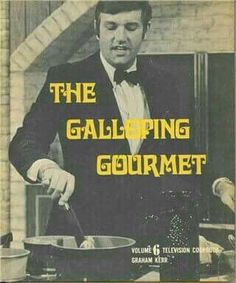 Graham Kerr The Galloping Gourmet I can remember sitting with my Mom on Saturday or Sunday afternoons watching this and other cooking shows Photo Vintage, Vintage Tv, Vintage Classics, Vintage Games, Vintage Stuff, Archie Comics, Herbert Lom, Before I Forget, Nostalgia