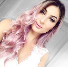 Pastel Hair, Pink Hair, Creative Hair Color, Hair Color Techniques, Creative Hairstyles, Trends, Power Girl, Hair Dos, Fashion Addict