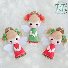 Angels in classic christmas colors #christmasdecor #christmastree #christmas #christmasornaments #christmastime #feltornaments #feltdecor #feltchristmas #feltangels #handmade #titikreatywnaprzestrzen #recznierobione #ozdobyzfilcu #dekoracjeswiateczne #nazamowienie #filc #fieltro #feltchristmasornaments #etsybaby #etsyshop #etsyfinds #titics #elfchristmas #elfornament #christmasangel #redandgreenchristmas
