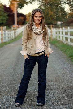 pink and khaki with jeans = love!  Also, she has a really good blog! =]
