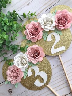 diy birthday gifts for him Paper Flower Garlands, Diy Flowers, Paper Flowers, Minnie Mouse 1st Birthday, Minnie Mouse Party, Diy Cake Topper, Birthday Cake Toppers, Birthday Party Decorations, Birthday Parties