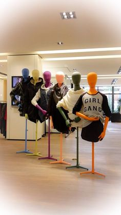"VAN DORT MODE,Utrecht,The Netherlands, ""The Girl Gang"", mannequins by HANS BOODT, pinned by Ton van der Veer"