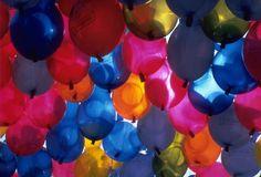 #havaifisek #parti #konfeti #balon Uçan Balon Çeşitliliği Nedir? Özellikle de farklı teknolojileri ile dikkatleri üzerine çeken görsellikler sunmakta olan farklı balon modelleri öne çıkıyor. http://www.antalyaucanbalon.net/kategori/ucan-balon/ucan-balon-cesitliligi-nedir.html