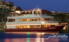 If you're looking for a romantic rendezvous, book dinner for two on Sunquest Cruises' Solaris. A fun attraction to eat, dance and soak in the beautiful South Walton views!