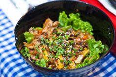 Kore mutfağından sıcak erişte