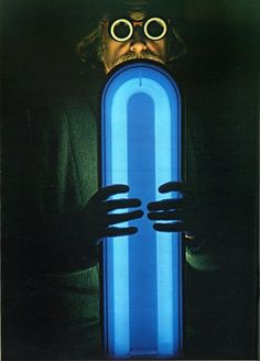 M♥ Ettore Sottsass - Asteroid Lamp - 1968 Tom Dixon, Neon Lighting, Lighting Design, Memphis Milano, Italo Disco, Art Deco, Swarovski, Memphis Design, Good Night Moon