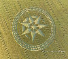 Impresionante Crop Circle aparece en Reino Unido 7 julio 2016