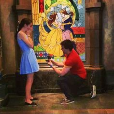 This would be the ultimate holy crap cherry on top of a Beauty and the Beast themed wedding lol