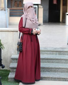 Modern Hijab Fashion, Muslim Fashion, Pakistani Fashion Party Wear, Casual Dresses, Fashion Dresses, Indian Designer Suits, Girl Hijab, Hijab Dress, Muslim Girls