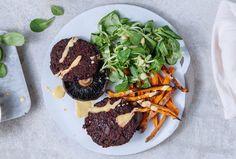 Healthy Vegan recipe | Beetroot burgers with sweet potato fries