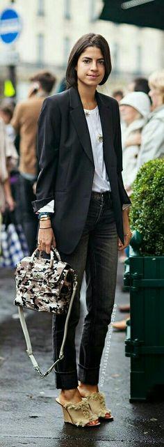 Gala Gonzalez, Leandra Medine, Denim Fashion, Girl Fashion, Fashion Black, Mode Outfits, Stylish Outfits, Stockholm Street Style, Paris Street