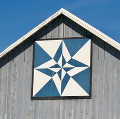 "J Johnson on Instagram: """"Night and Day"" quilt barn located on the Door County Wisconsin Quilt Barn Trail. #quiltbarn #quiltbarns #barnquilt #barnquilts…"""