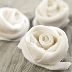 Elegant Ways To Present Napkin Folding...absolutely lovely