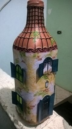 Wine Bottle Covers, Wine Bottle Art, Painted Wine Bottles, Diy Bottle, Creative Crafts, Diy And Crafts, Fairy Jars, Wine Craft, Glass Bottle Crafts