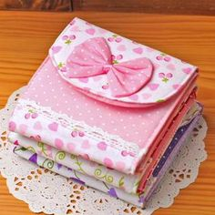 Buy 'TAIPEI STAR – Bow-Accent Dotted Sanitary Pad Pouch' with Free International Shipping at YesStyle.com. Browse and shop for thousands of Asian fashion items from Taiwan and more!
