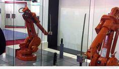 Guerra de Robots Ninjas. - http://frikilogia.com/guerra-de-robots-ninjas/  Estos Robots NinjasABB´s parecen haber sido entrenados en el arte de la Katana por el mismísimoHattori Hanzo.