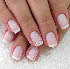 50 super french tip nails to add another dimension i .- 50 Super Französisch Tipp Nägel, um eine weitere Dimension Ihrer Maniküre zu bringen 50 super french tip nails to add another dimension to your manicure their - Pretty Nails, Fun Nails, Floral Nail Art, Daisy Nail Art, Daisy Nails, French Tip Nails, French Manicures, Pink French Manicure, Super Nails