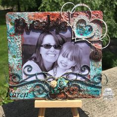 Mother's Love Canvas by Karen Bearse. For more details, check out: http://southernchipboard.blogspot.ca/2016/05/mothers-love-canvas-by-karen-bearse.html. To order this amazing chipboard, check out: www.chipboard.ca