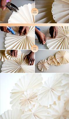 Paper Flowers Diy, Diy Paper, Paper Crafts, Diy Arts And Crafts, Diy Crafts Videos, Christmas Makes, Christmas Crafts, Paper Wedding Decorations, Navidad Diy