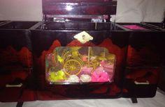 Rare-High-End-Vintage-Japan-Japanese-Jewelry-Box-Toyo-Music-Box-Rickshaw-Carving