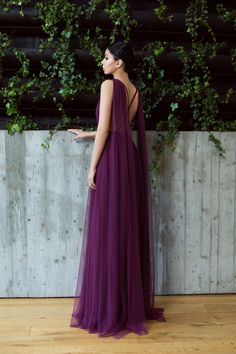 Marsala backless tulle dress / tulle gown / wedding guest dress / bridesmaids dress / bridesmaids gown / Rochie decollate / Rochie cu spatele gol din tulle - Maigre Couture Tulle Wedding Gown, Tulle Gown, Bridesmaids, Bridesmaid Dresses, Marsala, Backless, Villa, Couture, Lean Body