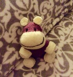 Ravelry: Kellydoolan's Xmas ball hippo