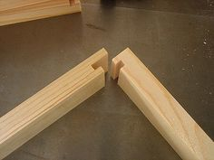 Q:  What kind of joints for plywood toolbox stack like mechanics have?  | A:  Locking rabbet joint via a lock miter (router bit)