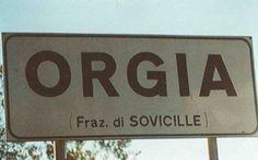 COMUNI ITALIANI: DA TROIA A SCOPETTA I CARTELLI STRADALI PIU' DIVERTENTI (FOTO) #cartelli #stradali
