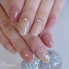 Pin on ネイル Stylish Nails, Elegant Nails, Trendy Nails, Cute Nails, Soft Nails, Simple Nails, Asian Nails, Diamond Nail Art, Pearl Nails