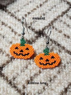 Items similar to Pumpkin Earrings - Beaded Pumpkin Earrings ~ Halloween Earrings by Kilikina on Etsy Beaded Flowers Patterns, Bead Embroidery Patterns, Beaded Earrings Patterns, Seed Bead Patterns, Loom Patterns, Beading Patterns, Beaded Embroidery, Art Patterns, Mosaic Patterns