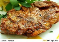 Čertovské řízečky recept - TopRecepty.cz Top Recipes, Meat Recipes, Cooking Recipes, European Dishes, Turkey Meatloaf, Pork Tenderloin Recipes, Russian Recipes, Food 52, Food Design