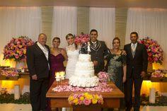 ♥♥♥  O casamento real da Jessica e do Veberson Quase sempre recebemos histórias de casamento real,as famosas histórias de amor, são contadas pelas noivas. Talvez pela facilidade que as moças ... http://www.casareumbarato.com.br/o-casamento-real-da-jessica-e-do-veberson/