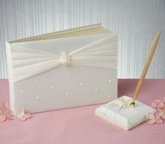 Charming Pearls Guest Book