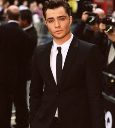 Ed Westwick. Such a babe. Those eyes, that bone structure... yowzaaa!