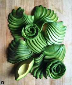 "Avocado ""roses"" (photo by thedelicious on Instagram)"