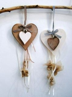 Romantic Spring Bomboniere at www. Small Wood Projects, Projects To Try, Bachelor Wedding, Arts And Crafts, Diy Crafts, Lonely Heart, Wedding Candy, Baptism Gifts, Wedding Crafts