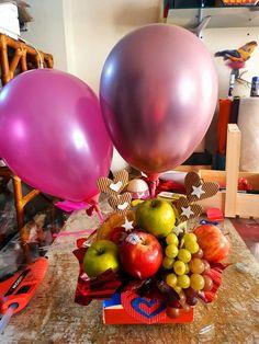 Balloon Gift, Love Is Sweet, Ladybug, Balloons, Sweets, Vegetables, Breakfast, Basket, Gifts
