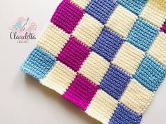 The crochet entrelac is a young technique that is rising in popularity in the crochet world. The entrelac stitch creates a visually alluring graphic texture. Tunisian Crochet Patterns, Crochet Stitches For Beginners, Knitting For Beginners, Beginner Crochet, Start Knitting, Knitting Tutorials, Knit Stitches, Learn To Crochet, Lace Knitting