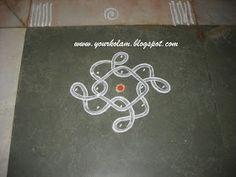 அழியாத கோலம்/ ముగ్గులు / रंगोली : Nelli kolam