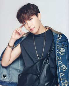 Hobi.... we need to have a serious discussion about u behavior, u can't do this to me!