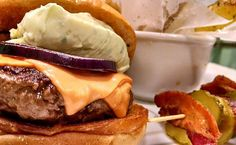 Carne de Wagyu é a novidade do Zé do Hamburger - http://superchefsbr.com/final/carne-de-wagyu-e-a-novidade-do-ze-do-hamburger/ - #Burgers, #Noticias, #Wagyu, #ZéDoHamburger