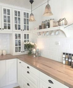Check out this crucial picture and also visit the here and now knowledge on Small Kitchen Renovation Home Decor Kitchen, Kitchen Interior, New Kitchen, Kitchen Dining, Kitchen Cabinets, Dining Room, Vintage Kitchen, White Ikea Kitchen, Kitchen Ideas