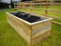 DIY Self Watering Raised Garden Beds I am certainly going to try this type of. DIY Self Watering R Watering Raised Garden Beds, Raised Beds, Garden Types, Self Watering Containers, Backyard Farming, Farm Gardens, Water Garden, Garden Planning, Plant Decor