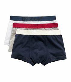 David Beckham of Boxer Shorts @ H&M Vintage Boots, H&m Online, David Beckham, Fashion Online, Kids Fashion, Underwear, Shorts, My Style, Swimwear