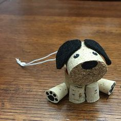 Ideas for funny christmas ornaments wine corks Cork Christmas Trees, Funny Christmas Ornaments, Christmas Dog, Gold Christmas, Wine Cork Art, Wine Cork Crafts, Wine Corks, Wine Bottles, Bottle Candles