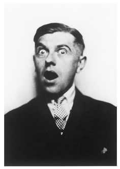 René Magritte (1927)