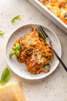 This delicious Baked Ravioli is easy, cheesy, and comforting. You get gourmet flavor in about 30 minutes, with minimal prep and clean-up!